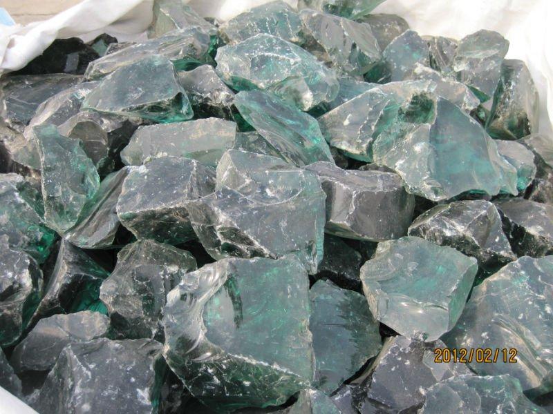Green glass rocks buy green glass rocks glass rocks for Landscaping rocks quartz