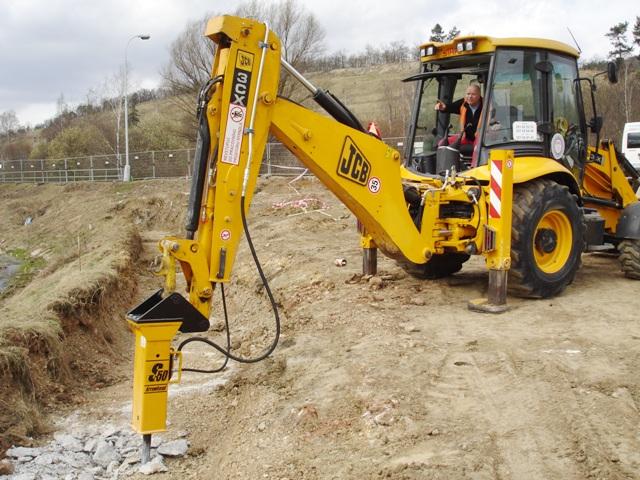 hydraulic jcb project report pdf