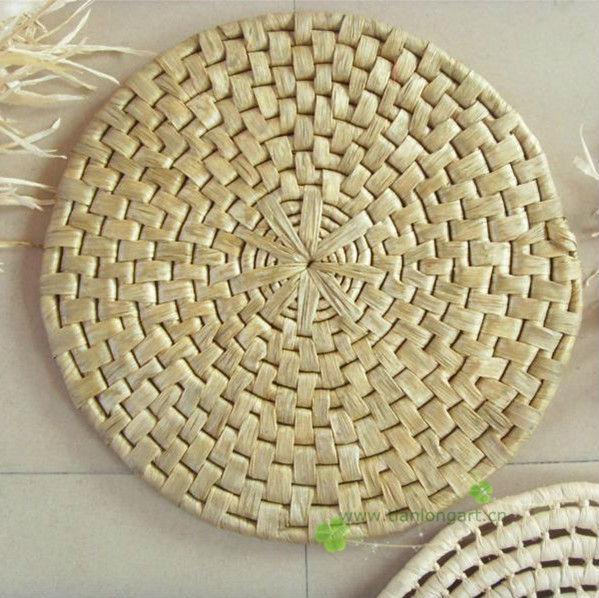 Cheap Corn Husk Wholesale Dining Table Decorative Straw