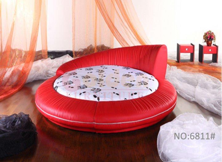 Bedroom Design Round Bed