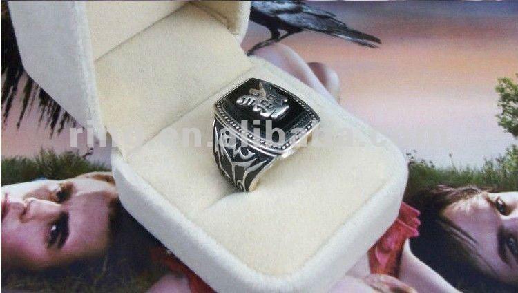 Alaric Saltzman Ring Replica