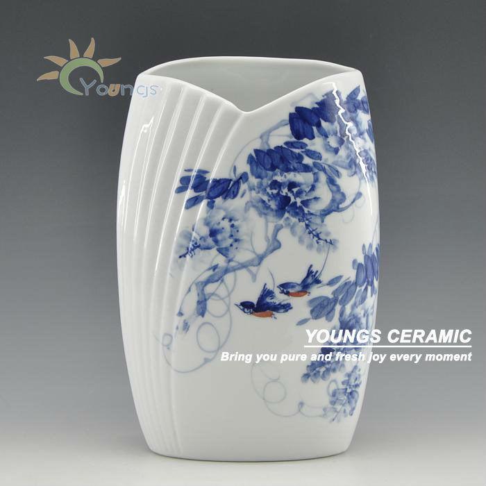 Oriental blue and white ceramic centerpieces vases hand