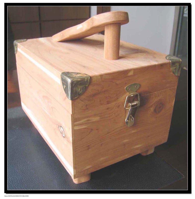 Cedar Wood Shoe Shine Box - Buy Box,Shoe Box,Shoe Shine ...