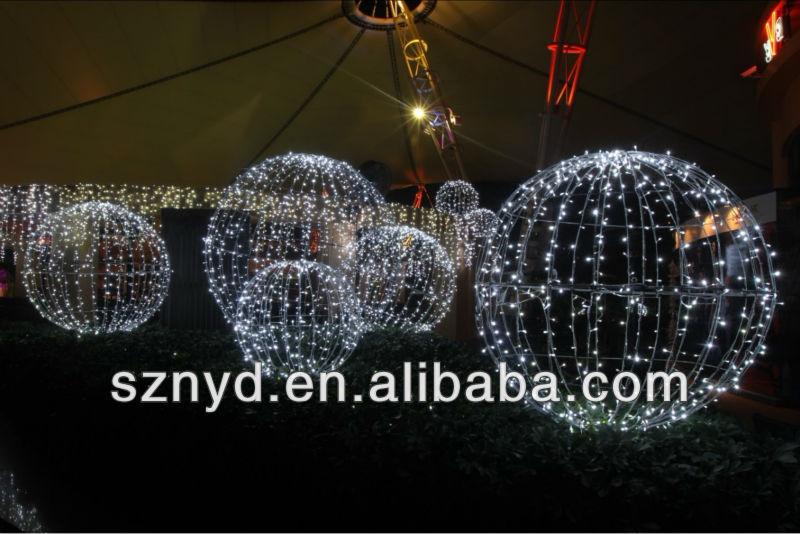 Giant led christmas ball for outdoor decorations buy for Quality outdoor christmas decorations