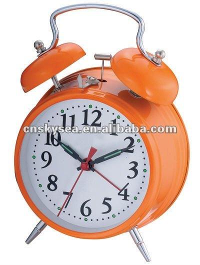 4 5 inches metal case mechanical wind up table alarm clock buy giant metal alarm clock elderly. Black Bedroom Furniture Sets. Home Design Ideas