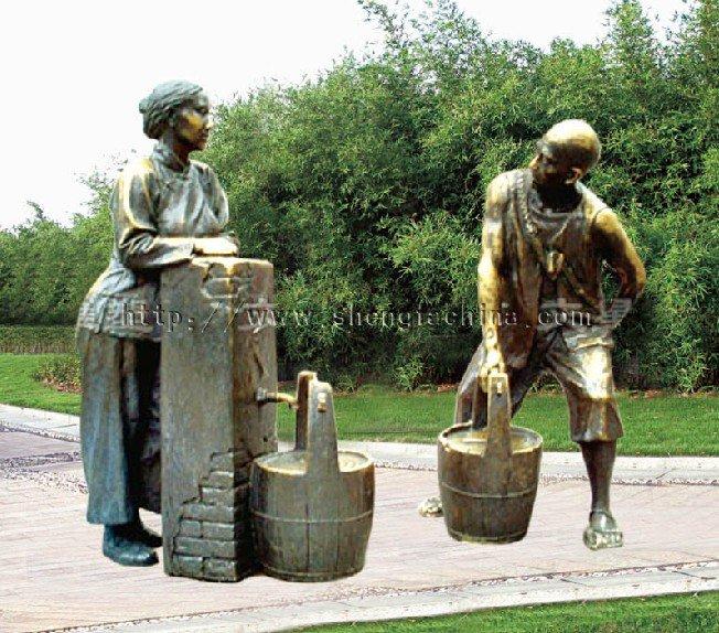 outdoor bronze sculptures