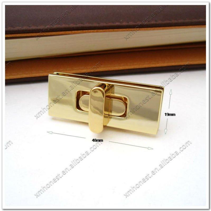 18k Gold Handbag Twist Lock