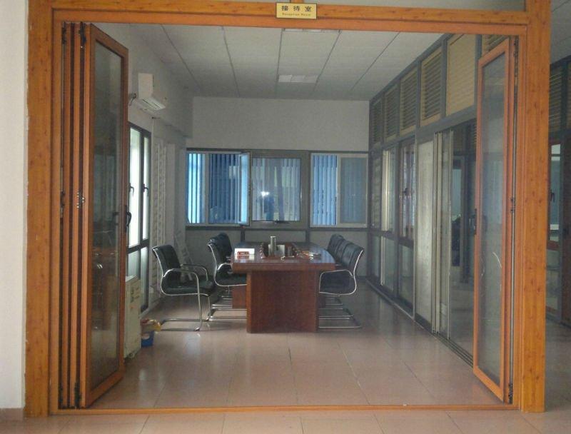 Heavy Duty Aluminum Bi Fold Doors Factory In Guangzhou - Buy Bi ...