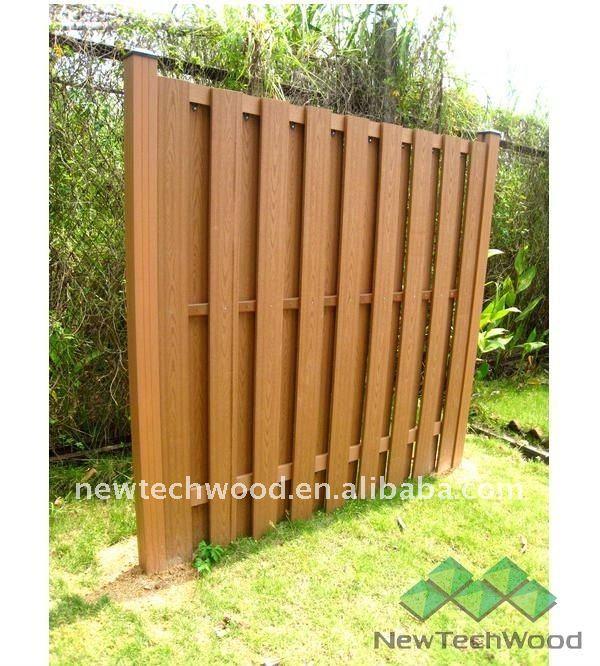 Recinzioni in legno composito recinzione watt per canale for Recinzioni in legno composito