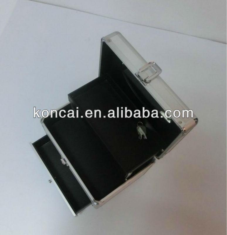 Aluminum cosmetic box Makeup Bag Details 7