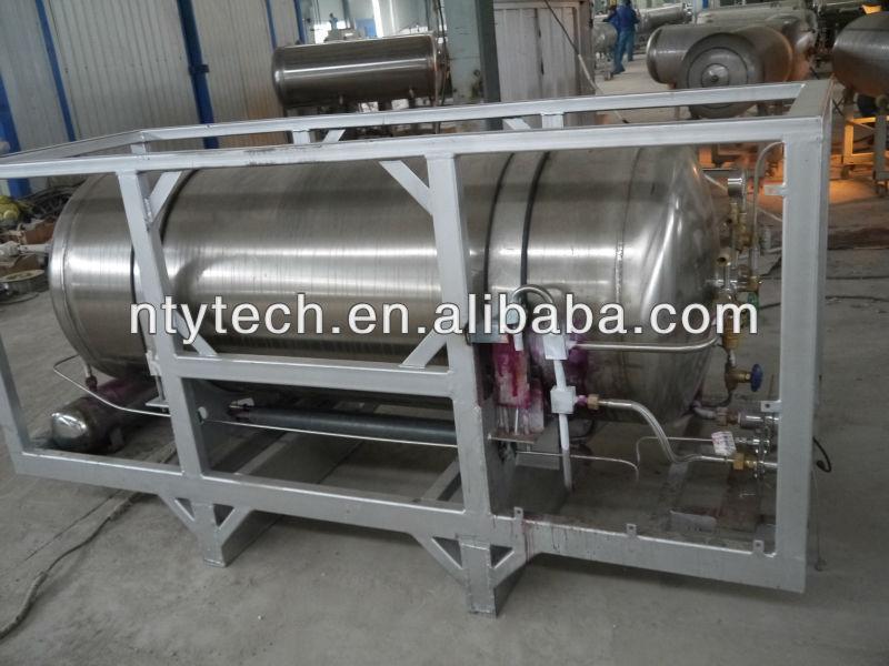 Cyro insulation tank bottoms