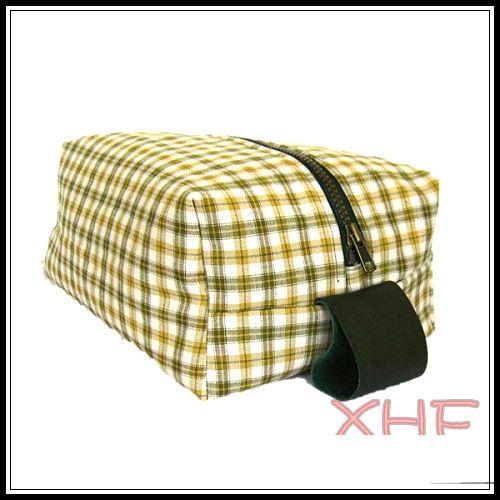 (XHF-WALLET-090) #5 zipper vanity bag with 0.15 mm pvc inside