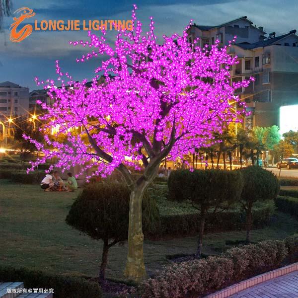 belle led ext rieure arbre lumi res violettes led cerisier. Black Bedroom Furniture Sets. Home Design Ideas