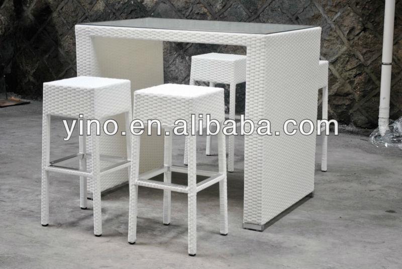 Table De Bar Et Tabouret