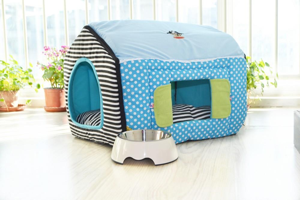 un espace int rieur pour petits chiens thefashiondog. Black Bedroom Furniture Sets. Home Design Ideas