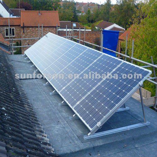 panneau solaire sur toit plat