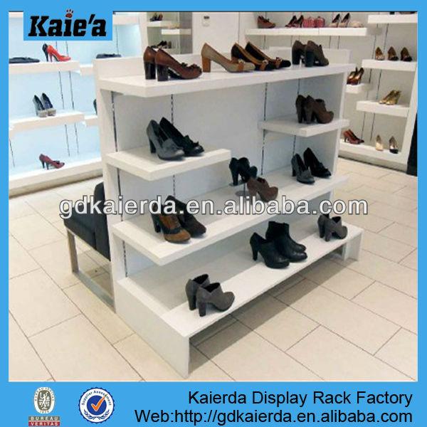 Moderna tienda de zapatos bastidores muebles para tienda for Muebles para zapatos moderno
