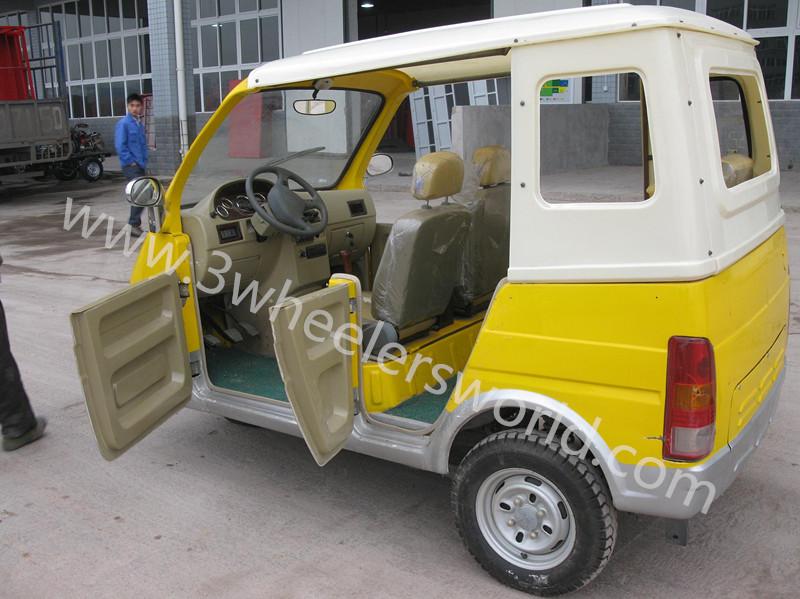 passenger three wheel motorycle/passenger taxi with side doors/ape