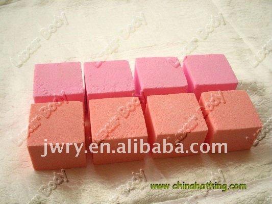 Sali Da Bagno Profumati : Cosmetici naturali sali da bagno alla rosa u daisytale