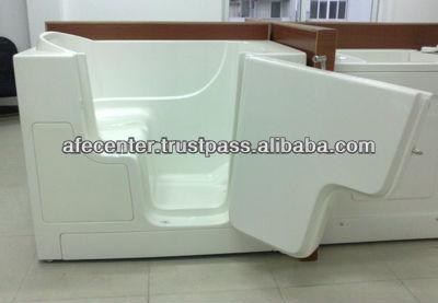 tiefe badewanne tiefe einweichen badewanne f r behinderte. Black Bedroom Furniture Sets. Home Design Ideas