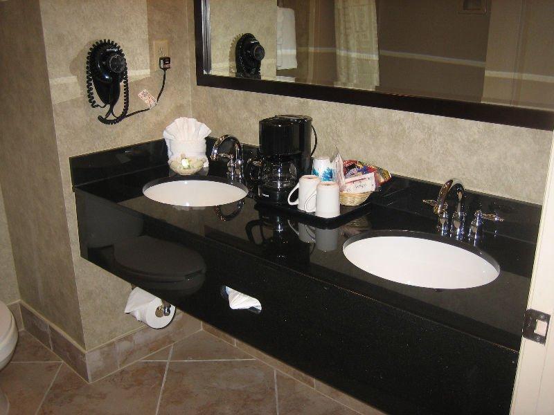 Attractive High Quality Double Sink Granite Vanity Top