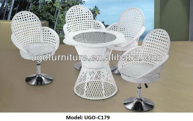 Charmant Grande Móveis De Vime Redonda UGO C177 Design Moderno Mesa Com 8 Lugares  Cadeiras De
