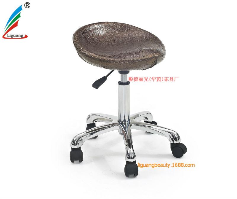 2016wholesale Master Barber Chair Adjustable Salon Stool  : 942195520950 from www.alibaba.com size 800 x 671 jpeg 52kB