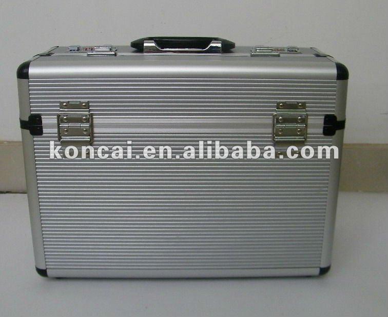 Aluminum Document Case with Stripe pattern Aluminum Panel 3