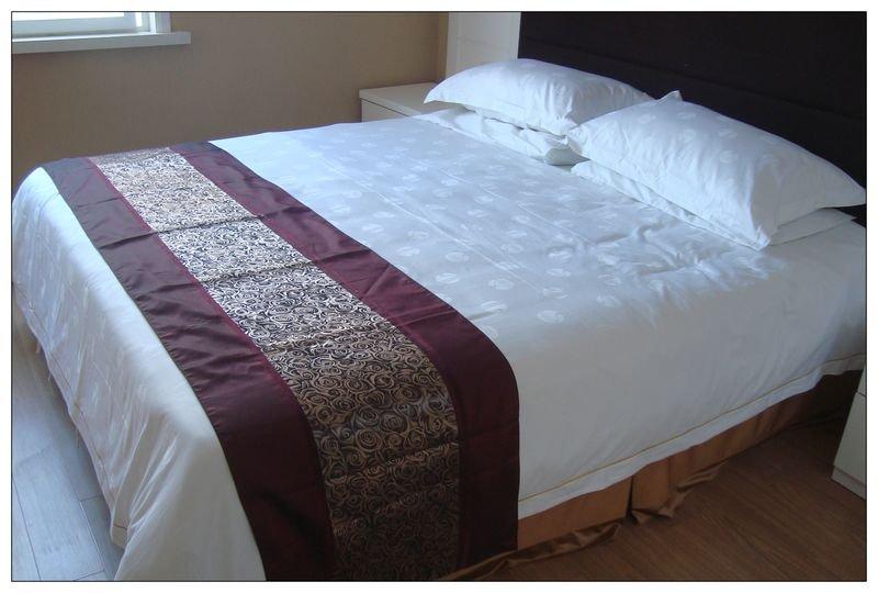 Full Design Polyester Bed Runner Buy Decorative Bed