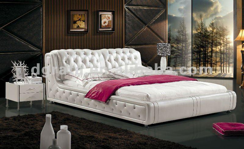 2012 new 5 stars modern hotel bedroom furniture sets of professional design  in oak finished. New Design Beds