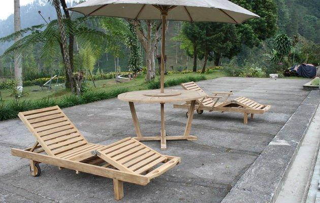 Indonesia Modern Outdoor Furniture Teak Wooden Sun Lounger
