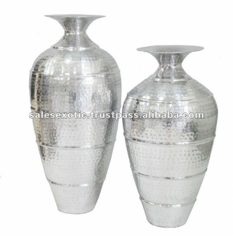 Aluminum Bottle Vase Polished Vases Flower Vase In Silver Buy Aluminum Bottle Vase Aluminum
