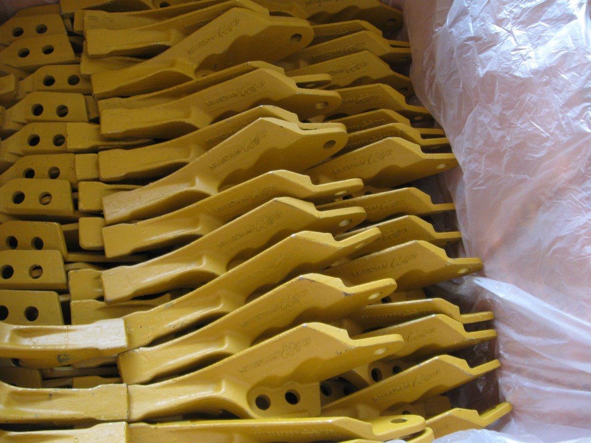 Sell 208-70-14150 Forging Teeth Bucket Adapter Excavator Bucket ...
