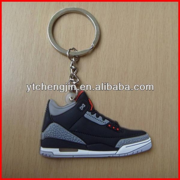 porte cle chaussure new balance