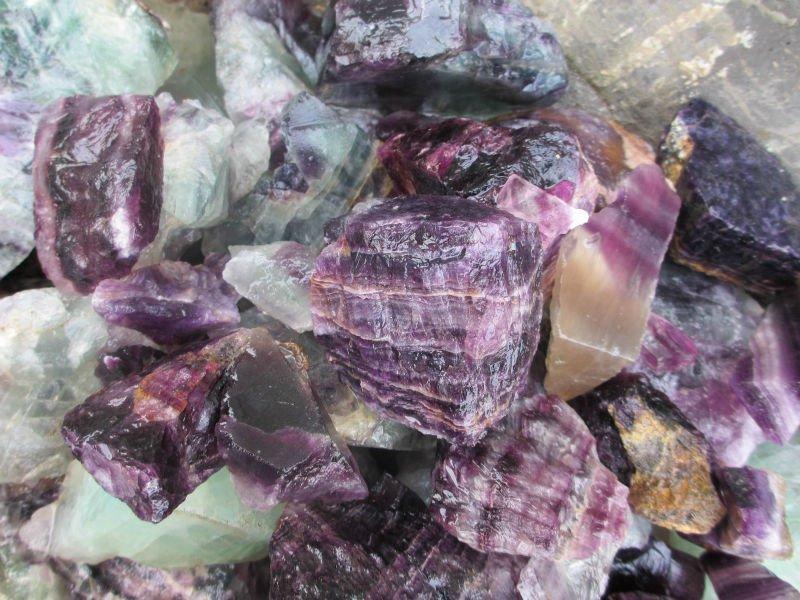 Semi Precious Gemstone Raw Stone : Natural purple fluorite rough stones raw