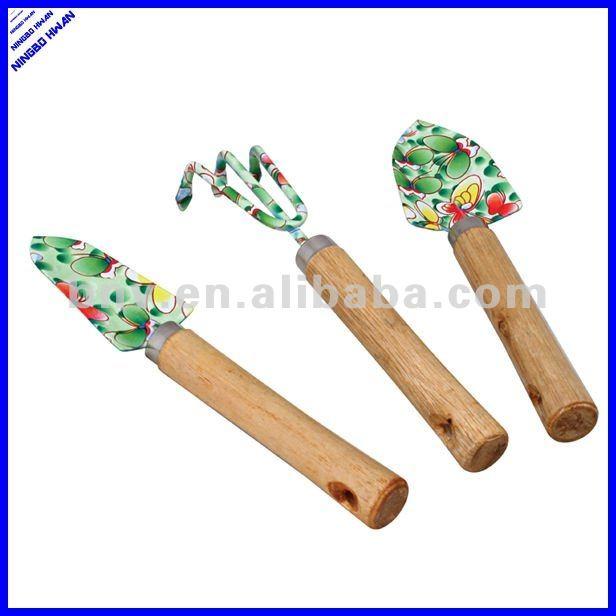 ladies gardening tools