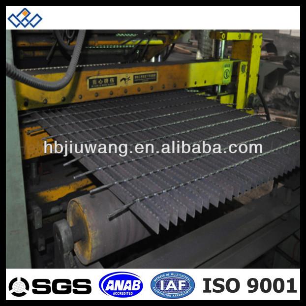 Galvanized Steel Stair Tread No Nosing Nosing Checkered
