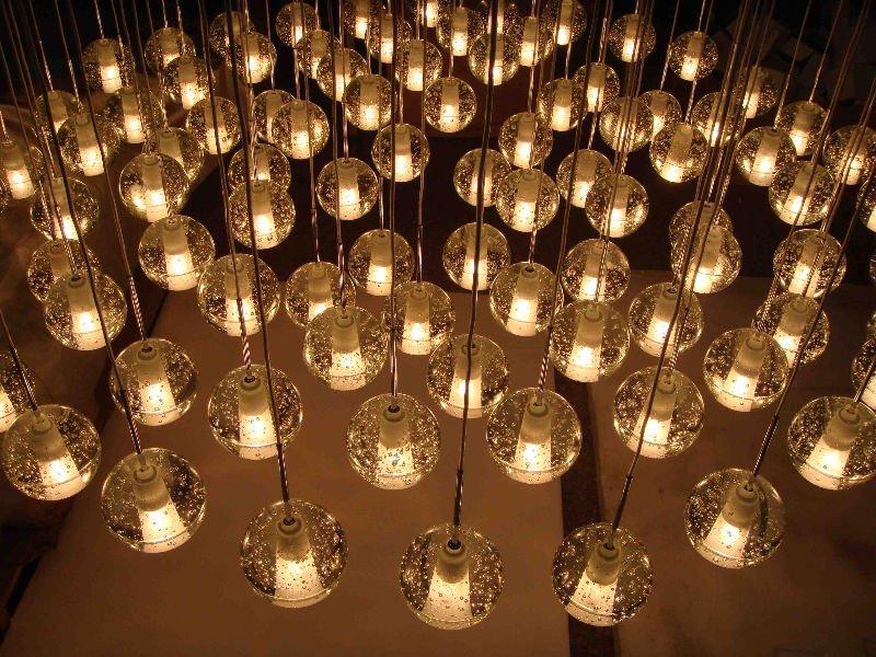 Zhongshan Guzhen Clear Bubble Solid Glass Balls Pendant Lighting