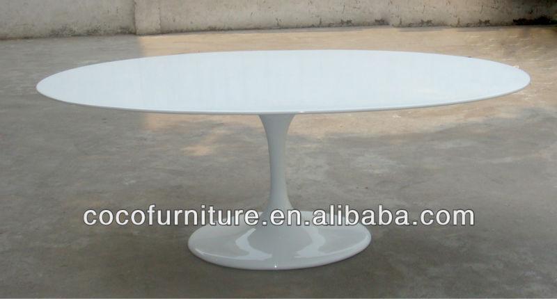 Ovale tulipe table par eero saarinen buy product on for Eero saarinen table tulipe ovale en marbre