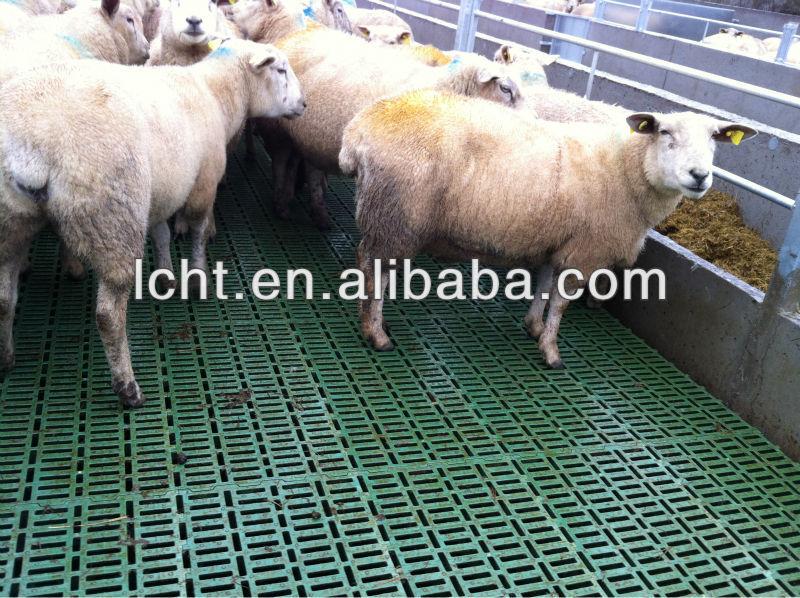 600mm 600mm Plastic Slat Floor For Pig Goat Floor Sheep