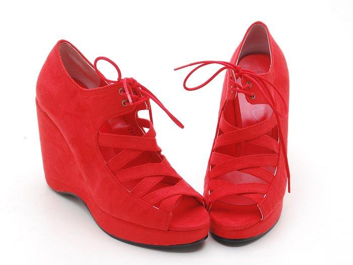 أحذية باللون الأحمر.....روعة mari1016_women_s_wed